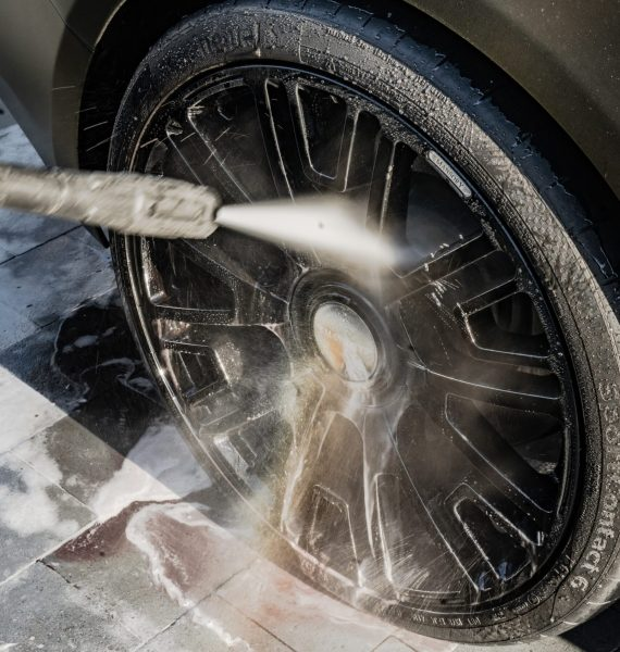 auto banden velgen poetsen